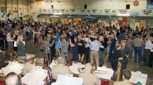 2019 Hangar Dinner Dance at Commemorative Air Force Central
