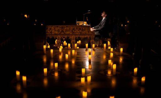 Candlelight Chopin piano bajo la luz de las velas