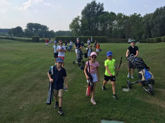 Golf competition organised by the juniors