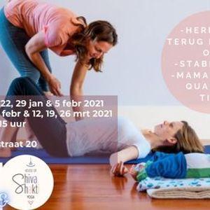 Postnatale mama-baby yoga