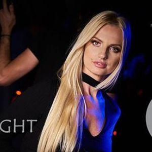 Dzie Kobiet  APIS NIGHT 18