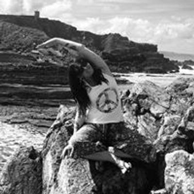 Svatantrya Yoga with Laura
