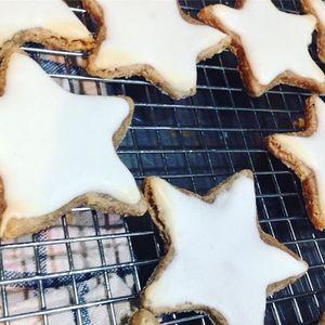 Winter Cookie Decorating