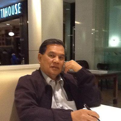 Dr Hj Arriffin Mansor -  B.Econ, MBA, M.Acc, PhD.  AMACS, FICMA, FIPA
