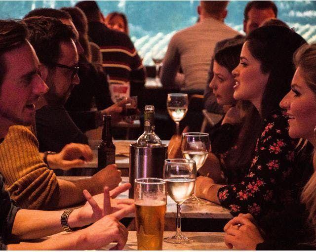 Londýnské asijské randění
