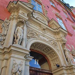 Drrar dekorationer och Domkyrkan