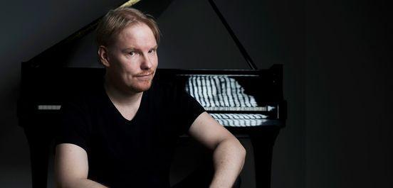 Ville Hautakangas 12 kantaesityst pianolle osa 3