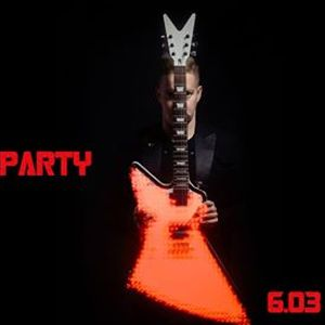 MAD MIKE PARTY 18