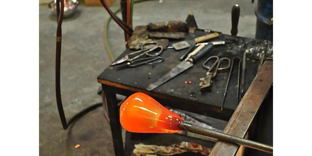 Learn to Blow Glass with Jason - Professional Glass Maker (2 - 4 participants) (2019-11-09 starts at 400 PM)
