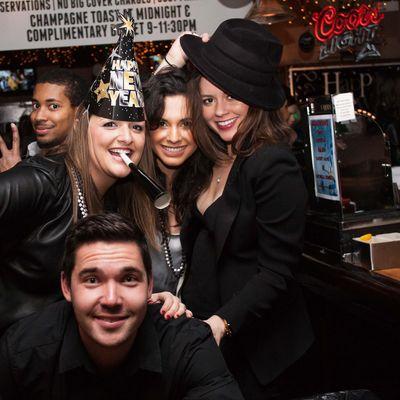 2022 St. Louis New Years Eve (NYE) Bar Crawl