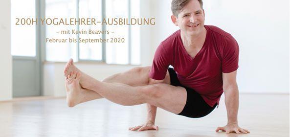 200h Yogalehrer-Ausbildung 2020 - mit Kevin Beavers
