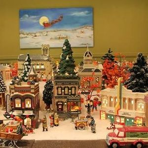 Department 56 Miniature Holiday Village Exhibit