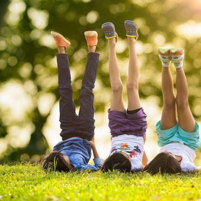 Free Outdoor Kids Yoga (ages 5 to 12)