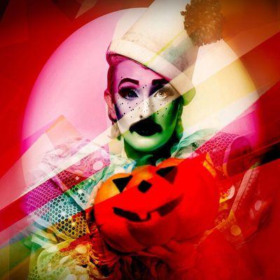 Neon Moon Club Cirque HALLOWEEN The Haunted Toy Shop