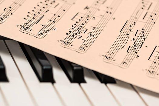 Harmonielehre & Gehrbildung