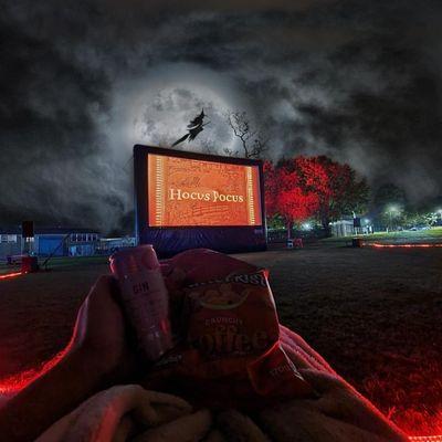 Halloween showing of Hocus Pocus on Pembreys Country Park Outdoor Cinema