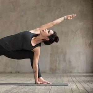 Short Yoga Vinyasa les mardis INTERACTIFS sur Zoom