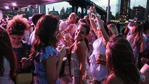 Saturday Midnight NYC Yacht Booze Cruise, 22 March | Event in York | AllEvents.in