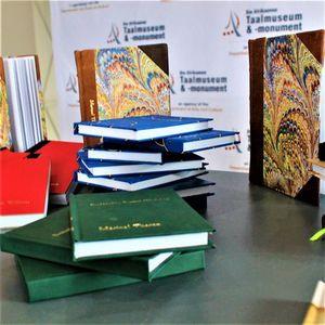 Gevorderde Boekherstelwerkkursus  Advanced Book Repair Course