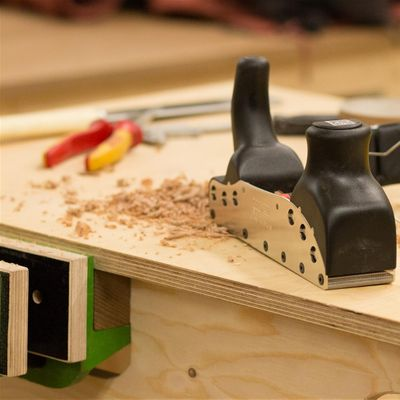Einfhrung in die Holzwerkstatt - Couchtisch aus massiver Esche