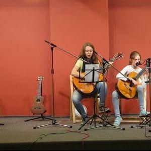 Nauka gry na gitarze i ukulele w ODK ORBITA