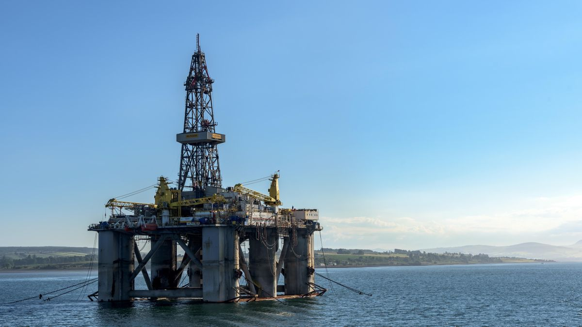 Impact of Economic Sanctions on International Oil & Gas Development Istanbul