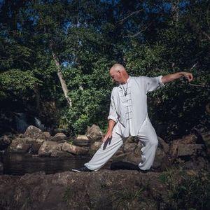 Grundr med qigong tai chi klassisk meditation och mindfulness