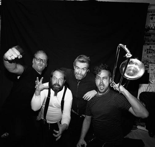 Mad Monks beim Rocktober Jahnhalle Nordenham