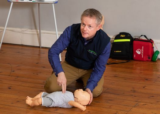 Blended 12 Hour Paediatric First Aid Course, 12 July | Event in Bracknell | AllEvents.in