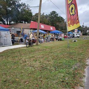 Flea Market BBQ THRIFT STORE Pop Up Market