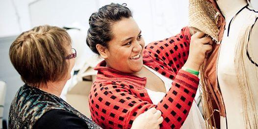 Achieving student success  Unpacking a Pasifika resource kit  Wellington