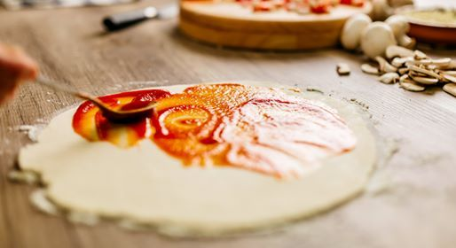 Mom and Me Cooking Class- Pizza Making