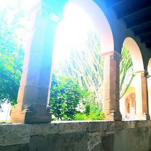 Il chiostro di San Domenico e il suo quartiere storico Biddanoa