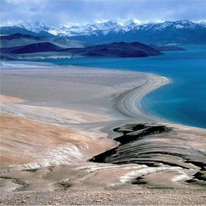 Ladakh - Land of high passes and lakes