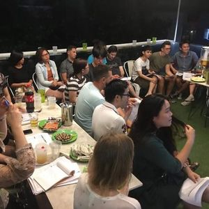 Vietnamese lesson and exchange English - Vietnamese with locals