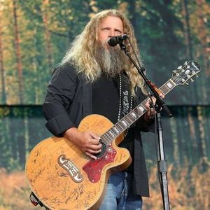 Jamey Johnson at Red Hat Amphitheater Raleigh NC
