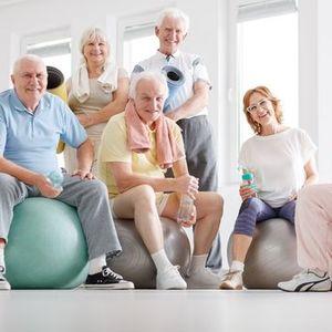 Online gymlessen voor senioren door Sophie Decoutere kinesitherapeut