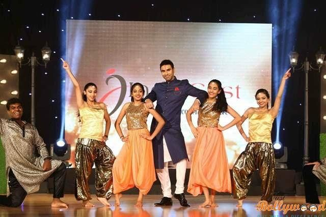 IIW Presents Sandip Soparrkars Dance for a cause (Against Domestic Violence)
