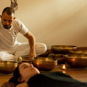 CMH - Tibetan Singing Bowls Sound Bath