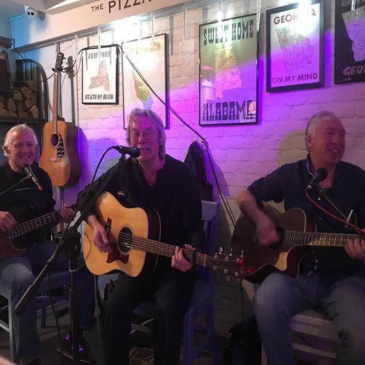 The Rainmen At The Pizza Parlour Music Cafe Peterborough