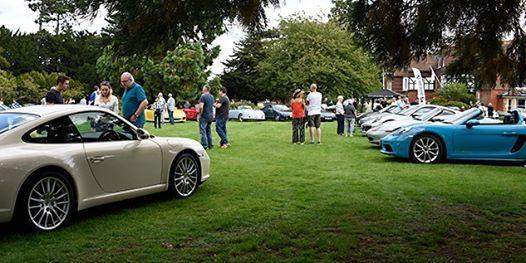Porsches In the Park Garth Park Bicester