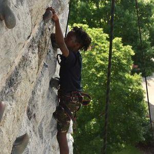 Free Rock Climbing at the Walnut Wall