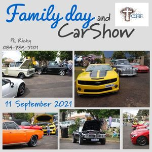 Christmas in July - Carshow