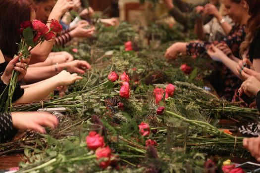 Christmas Wreath Making with Festive Afternoon Tea & Tour, 12 December | Event in York | AllEvents.in