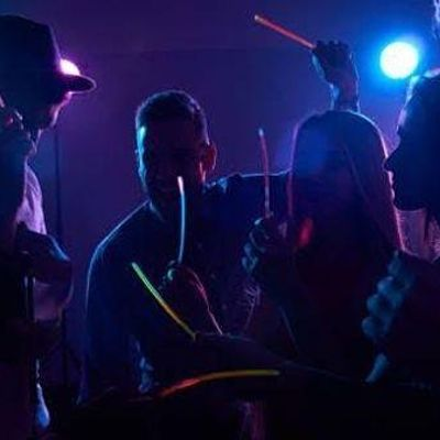 Singles Glow Party