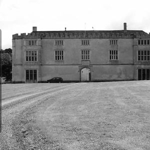 Fulford Manor Ghost Hunt With Haunting Nights 6221