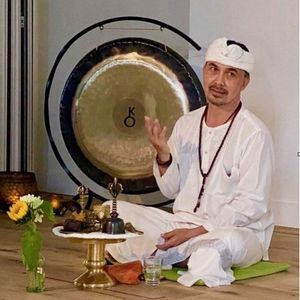 Guided meditation Workshop with Sanathara