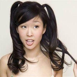 Esther Ku Live Comedy