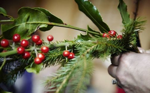 Christmas Wreath Making and Decorations, 9 December | Event in Aylesbury | AllEvents.in