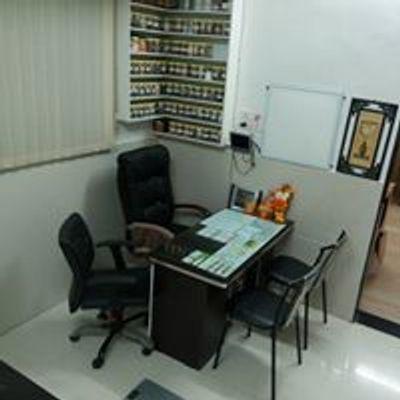Dr.Bhadane's Shree Dhanvantari Ayurvedic Clinic & Panchkarma Centre.
